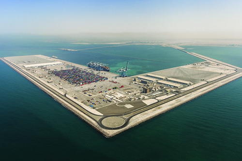 Khalifa Port won Abu Dhabi Award for Excellence in Government Performance for Strategic Transformation Project